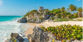 Viaje en auto para que recorras algunas de las fascinantes playas de Cancún, Isla Mujeres y la Riviera Maya.