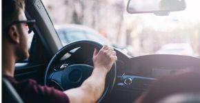 Aquí hay una guía paso a paso para reservar un auto de la manera más fácil y rápida.
