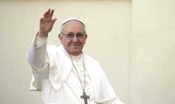 Em semana agitada, Papa Francisco pode propor compromisso sobre divórcio