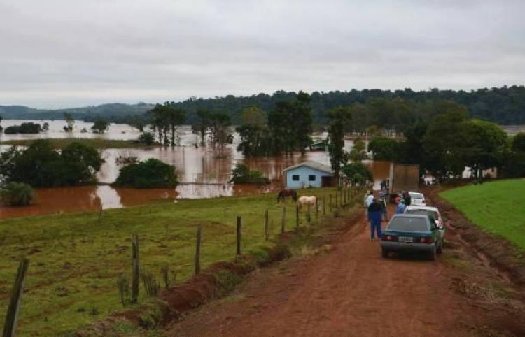 O outro lado da barragem - Jasom de Oliveira