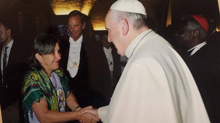 Papa e movimentos sociais populares: entrevista com Rosângela Piovizani