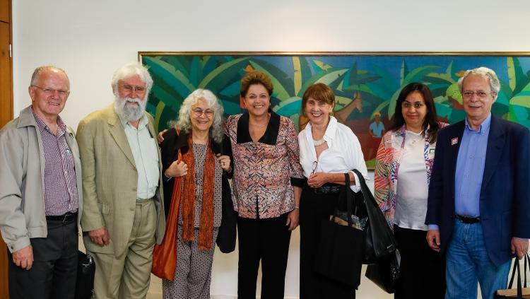 Cristãos comprometidos com um Brasil mais justo, solidário e sustentável reúnem-se com Dilma Rousseff