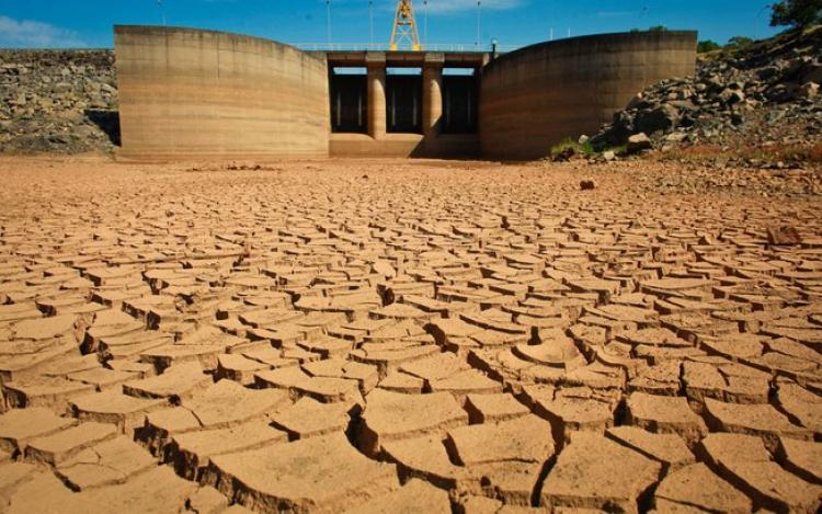 A escassez de água no Brasil e sua distribuição no mundo