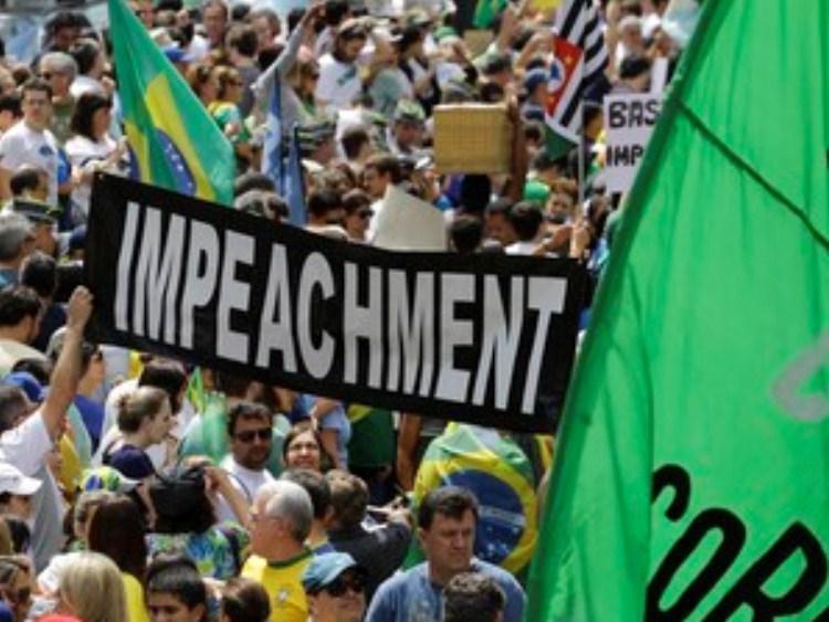 Quem defende o impeachment da Presidenta Dilma Rousseff ?