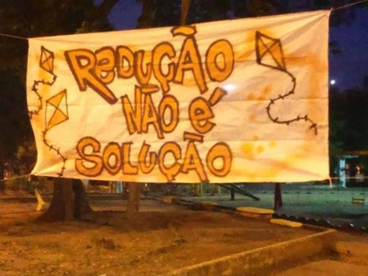 Mais de 300 Praças Amanhecem Contra a Redução da Maioridade Penal