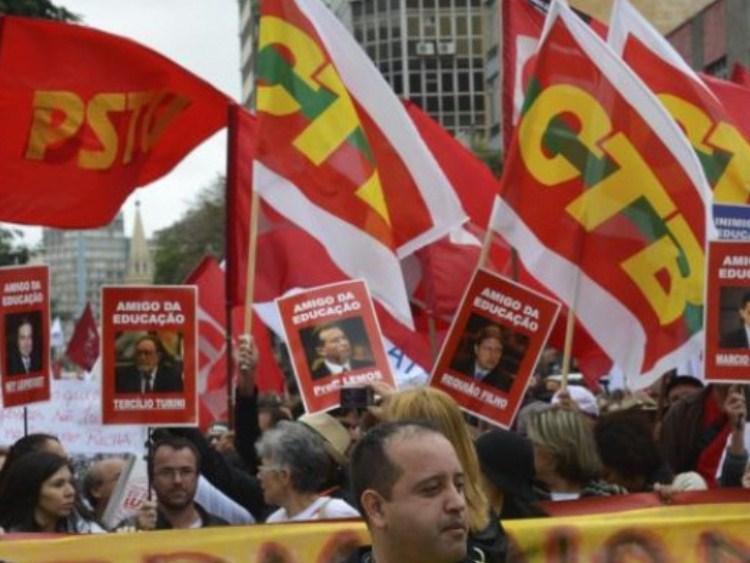 A greve e o ódio ao vermelho