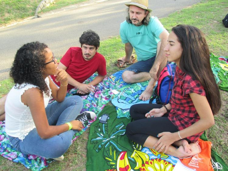 CEBI-ES: Juventudes, trabalho e intolerâncias