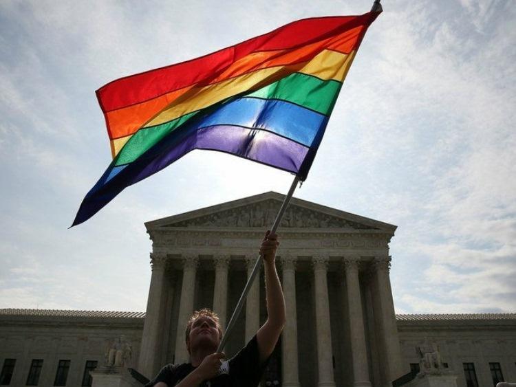 O Declínio da Moral no Ocidente e a Decisão para a Democracia pela Corte Americana.