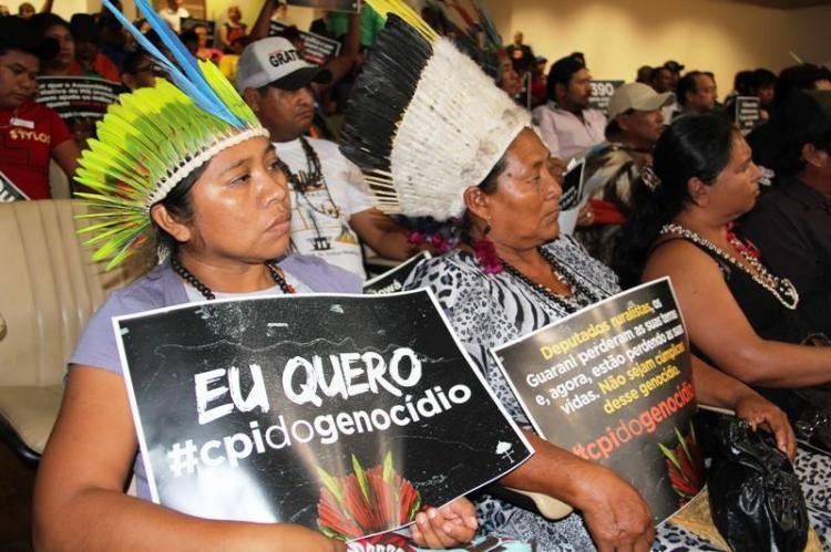 Indígenas e movimentos sociais lotam a Assembleia Legislativa de Mato Grosso do Sul