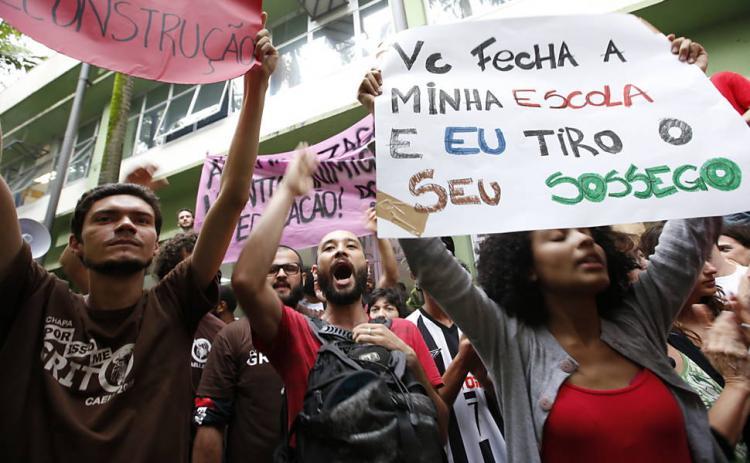 Estudantes de São Paulo ampliam pautas e querem discutir nova educação pública