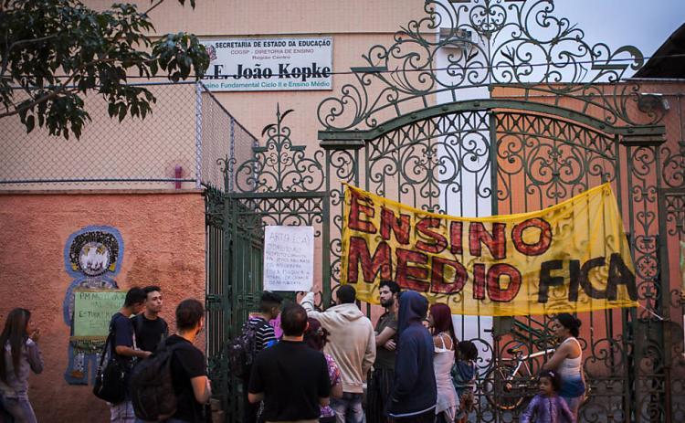 Depois de SP e GO, alunos do Rio ocupam 31 escolas estaduais