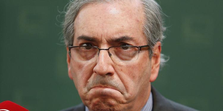Cai Eduardo Cunha