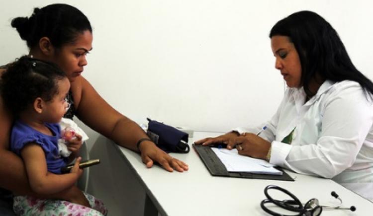 Mais Médicos é essencial para ampliar cobertura universal de saúde
