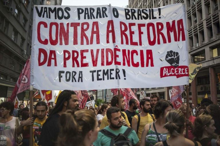 Na reforma da Previdência, políticos e cidadãos não falam a mesma língua