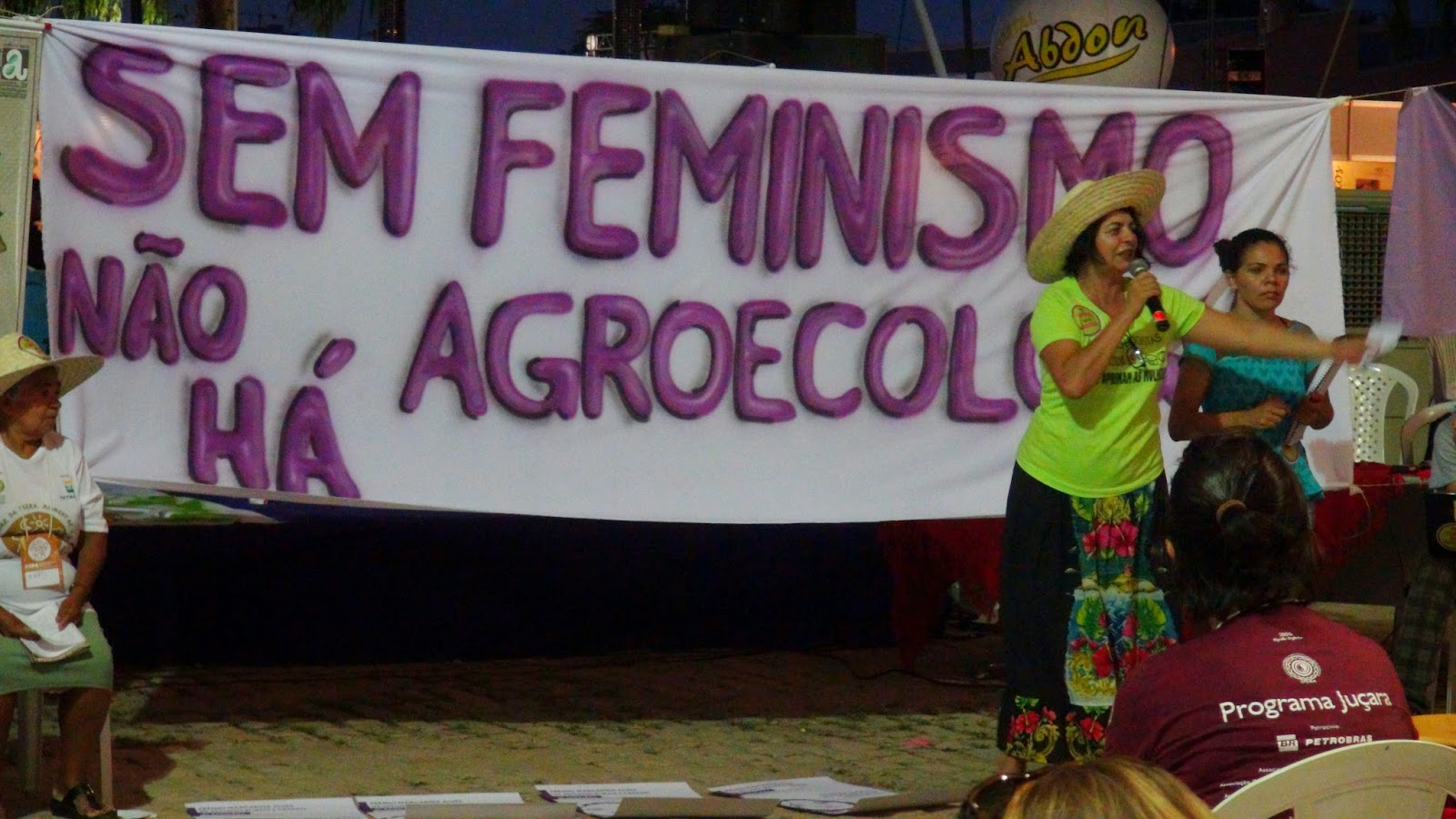 Da Agropornografia ao Agroerotismo: conhecer os desejos da terra