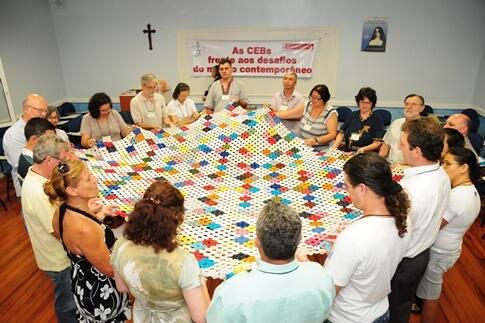 Ainda há lugar para as comunidades eclesiais de base na Igreja?