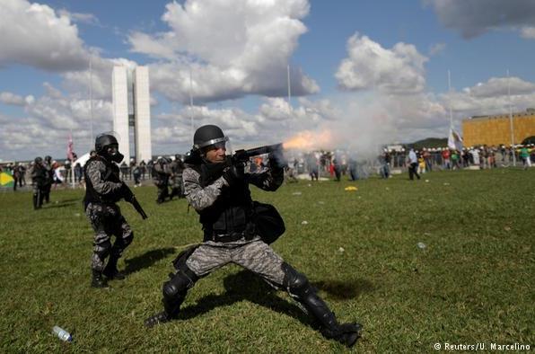 Brasil vive grave crise democrática, diz ONG alemã
