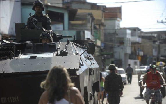 Sobre a intervenção militar no Rio de Janeiro