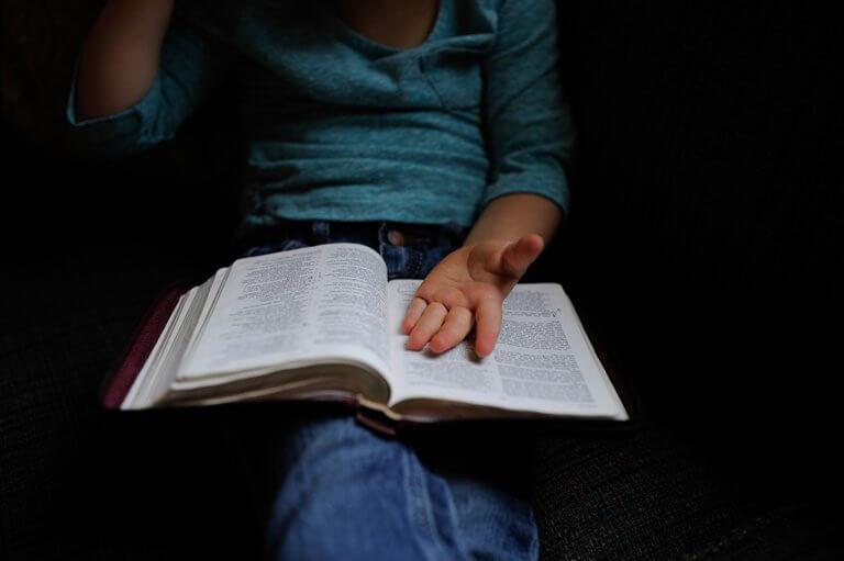 Evangelho: Voz de Deus e vozes demoníacas