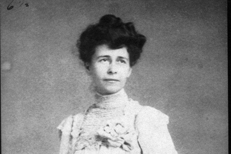 A origem evangélica e ativista do Dia das Mães