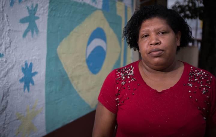 """""""Só sei que no Bolsonaro não voto"""": a indecisão das mulheres da periferia que rejeitam o candidato"""