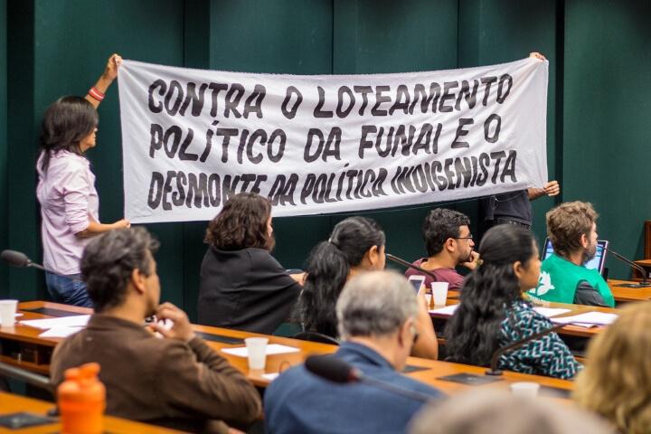 Povos indígenas denunciam desmonte da Funai
