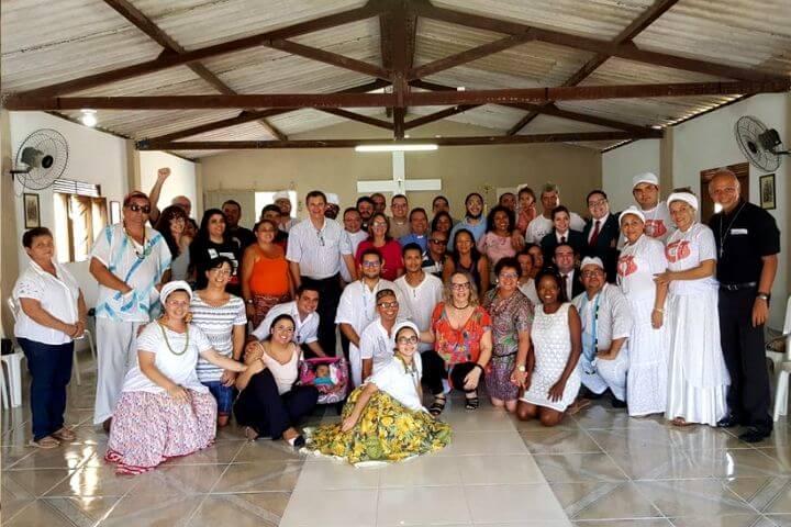 O Amor de Deus é Plural, Base de Fraternidade e Paz