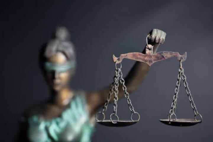 Não à partidarização do sistema de Justiça