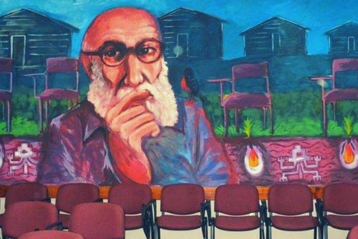 """Paulo Freire: """"Nós podemos reinventar o mundo"""""""
