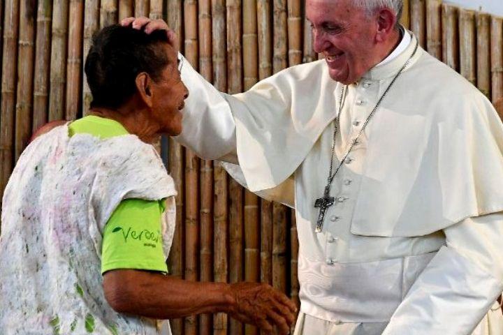 'Dizer-se cristão não é o mesmo que ser cristão, é preciso coerência', afirma o Papa Francisco