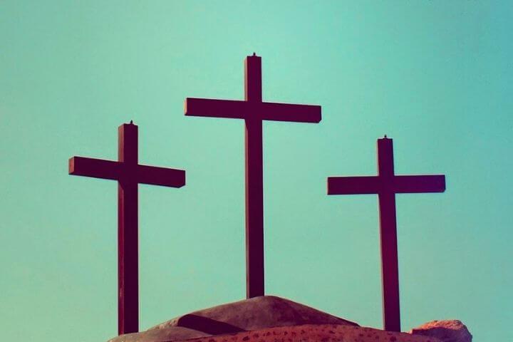 Reflexão do evangelho: Quem não carrega a sua cruz… não pode ser meu discípulo