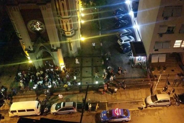 Intolerância: Fascistas tentam impedir missa em homenagem ao dia da consciência negra no Rio