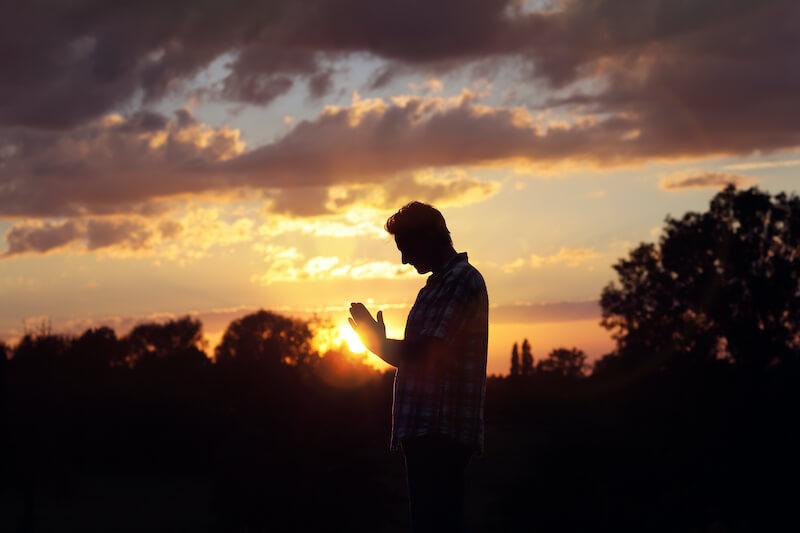 Reflexão do Evangelho: Quem crê no enviado do Pai tem vida em abundância