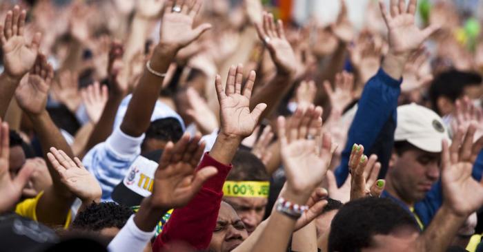 Evangélicos e cultos online: as possíveis fissuras do fundamentalismo religioso