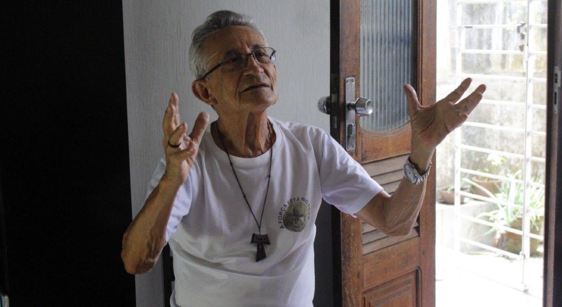 Fé e  resistência do Padre Reginaldo é tema de documentário em Recife