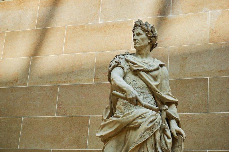 Reflexão do Evangelho: O que é de César a César… O que é mesmo de César?