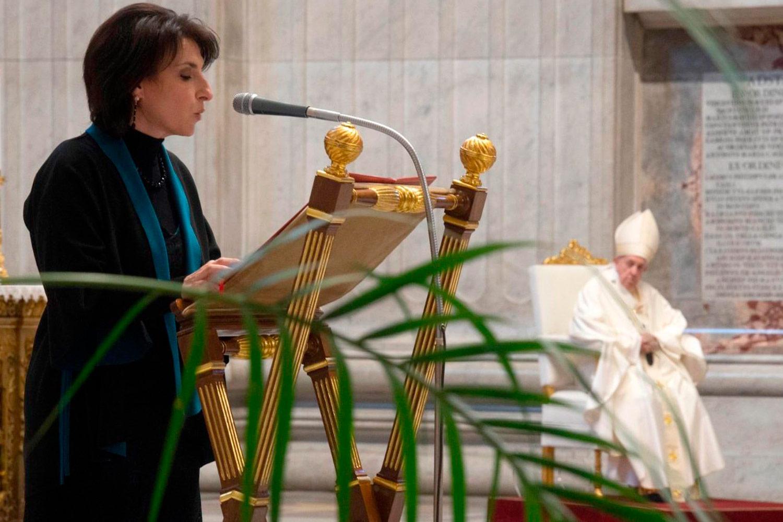 Vaticano: Papa muda lei sobre o acesso das mulheres ao ministério de Leitor e Acólito