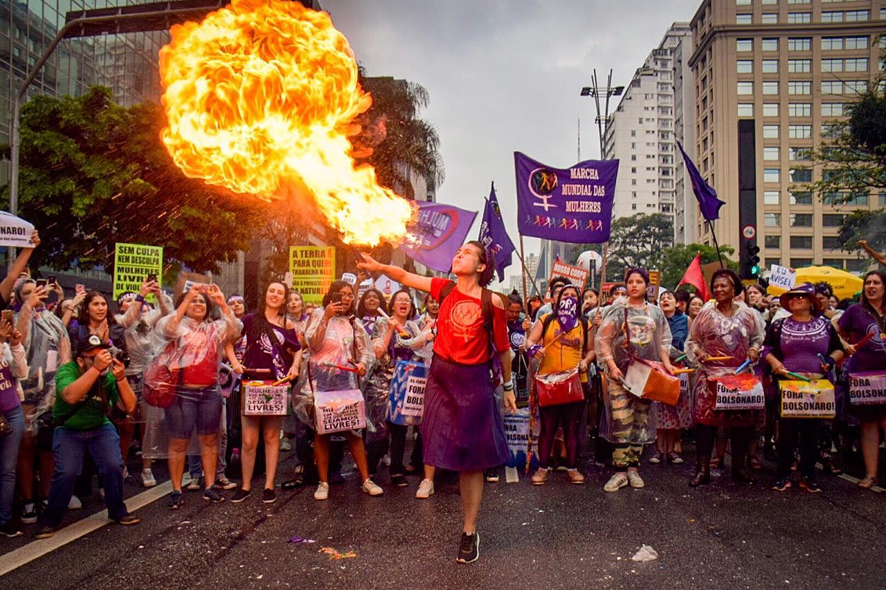 Movimentos populares divulgam manifesto do 8 de março; conheça as pautas centrais