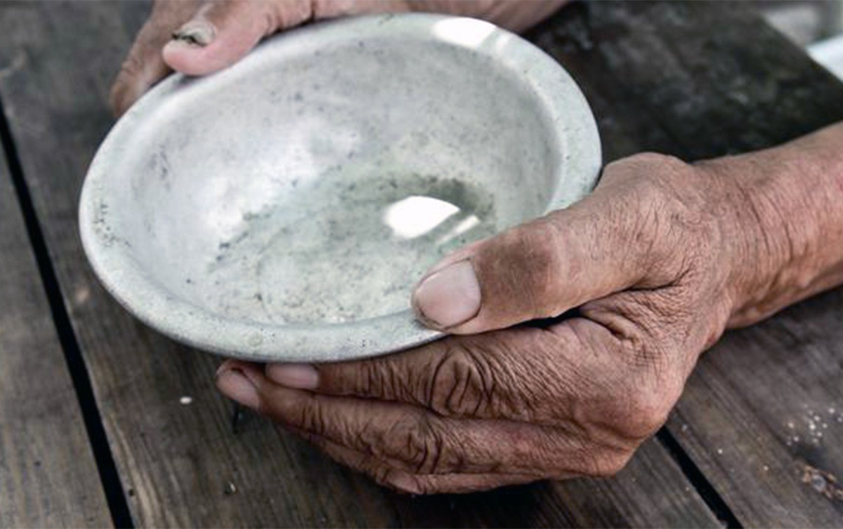 Fome volta ao Brasil e quase dois terços da população urbana sofrem de insegurança alimentar.