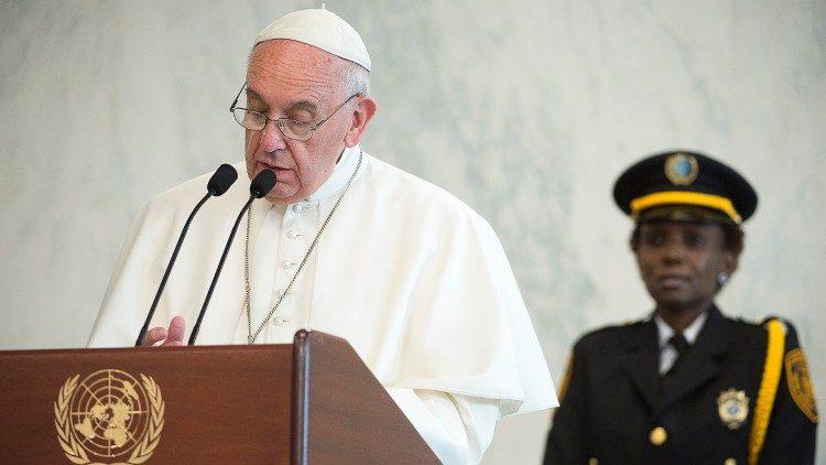 Em pré-cúpula da ONU, Papa Francisco defende que comida para todos é um apelo moral