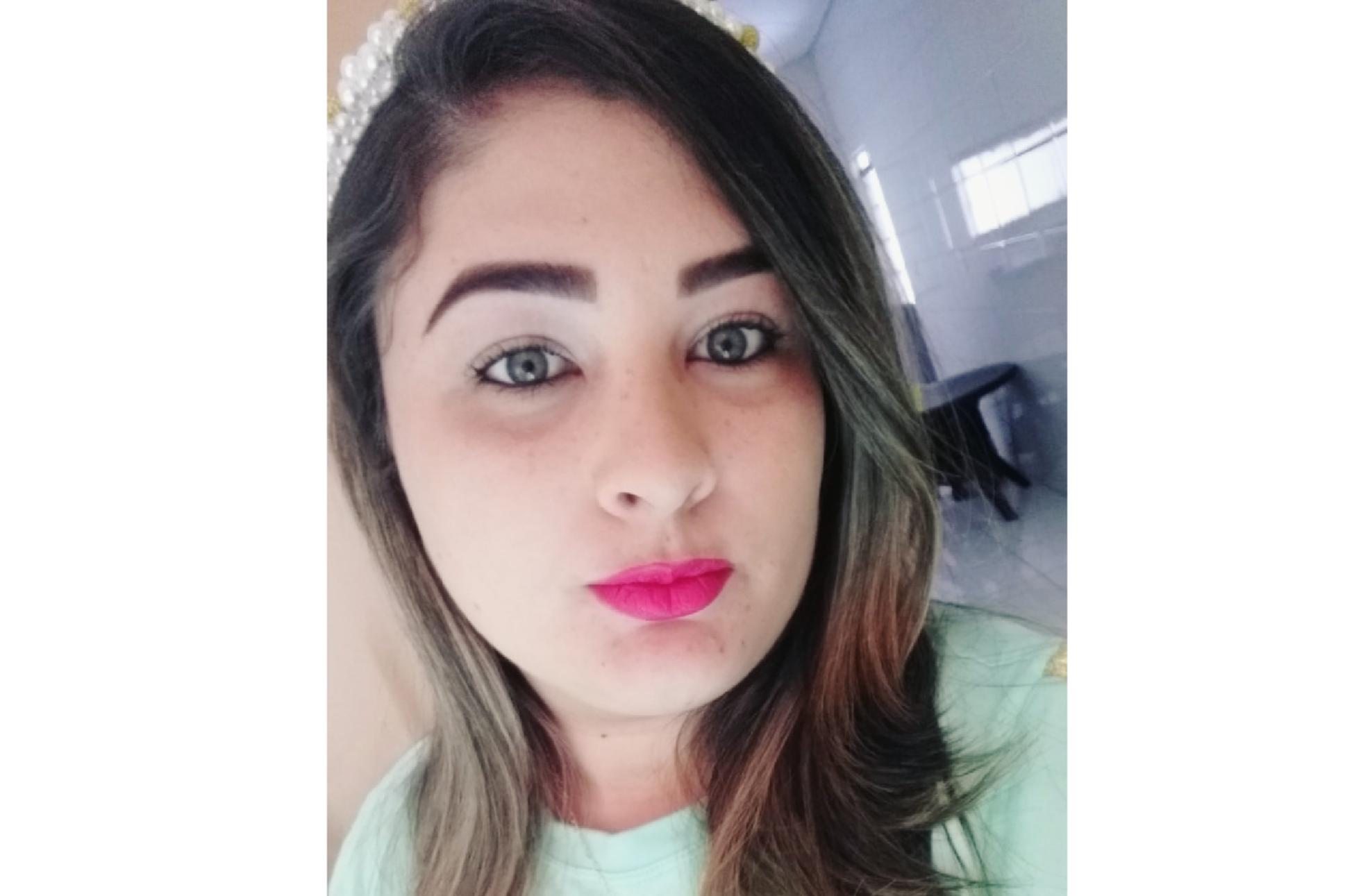 Aylane Cândida Pereira Gomes
