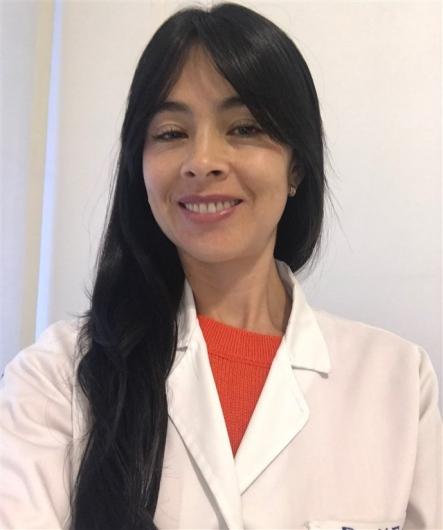 Mónica Esguerra Hoyos
