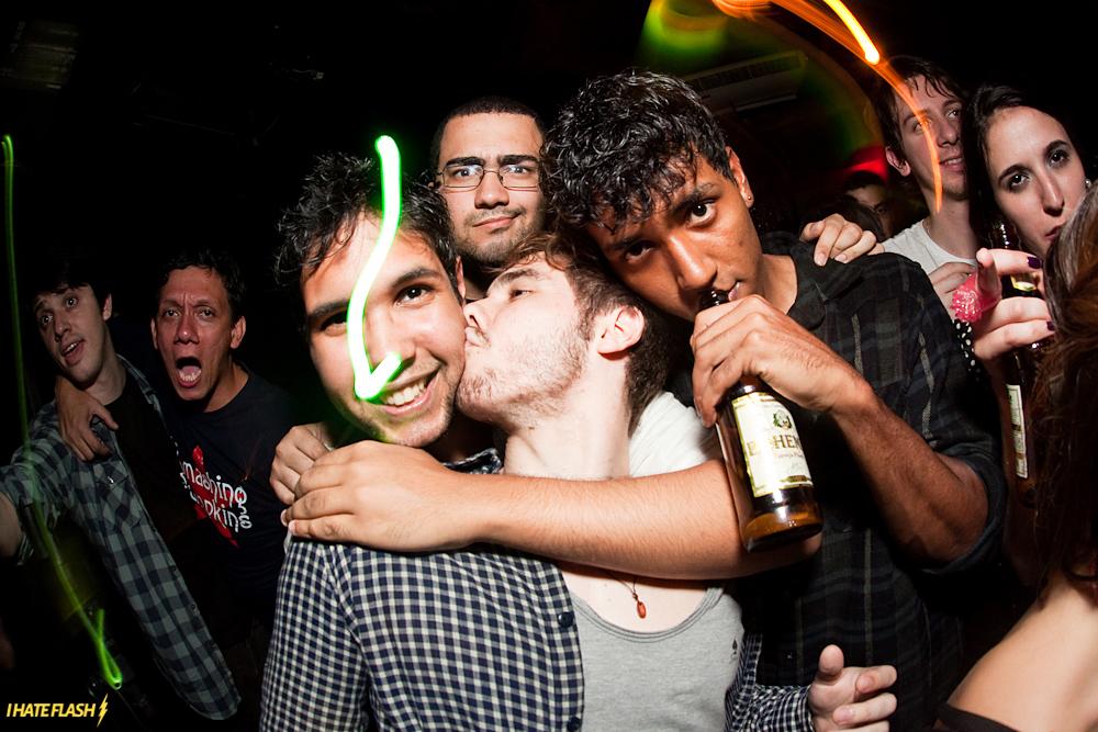 Karaoke Indie + Revolt