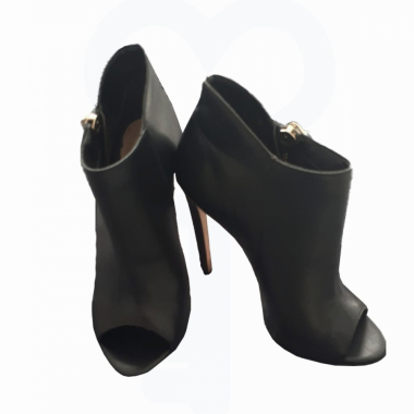 Ankle Boot Em Couro
