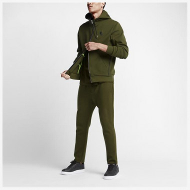 Jaqueta Nikelab Essentials Tech Fleece Masculino
