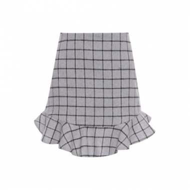 Saia Classic Plaid Pop Up Store