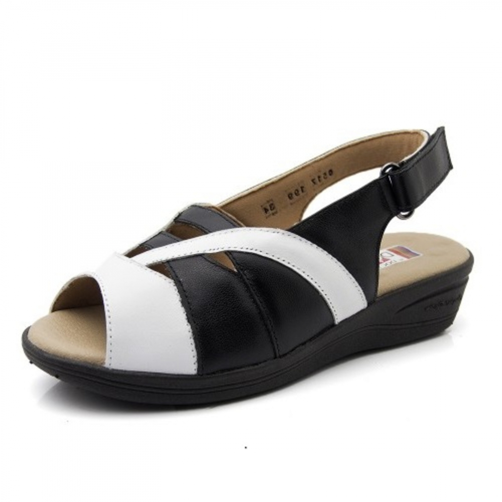 bd0cd11bd8 Sandália Anabela Doctor Shoes Comfort 199 Branco  Preto