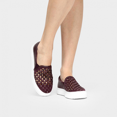 Slip On Dumond Laser E Tachas-Feminino