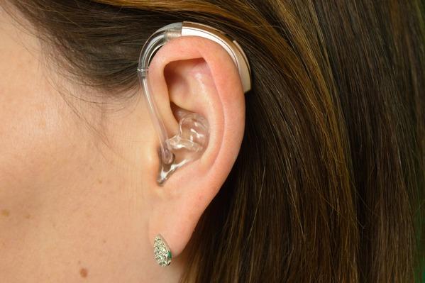 como-se-adaptar-aos-aparelhos-auditivos