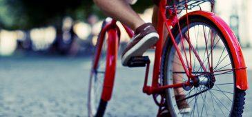 E, na refeição dos ciclistas é notável a presença do feijãozinho nosso de cada dia.'